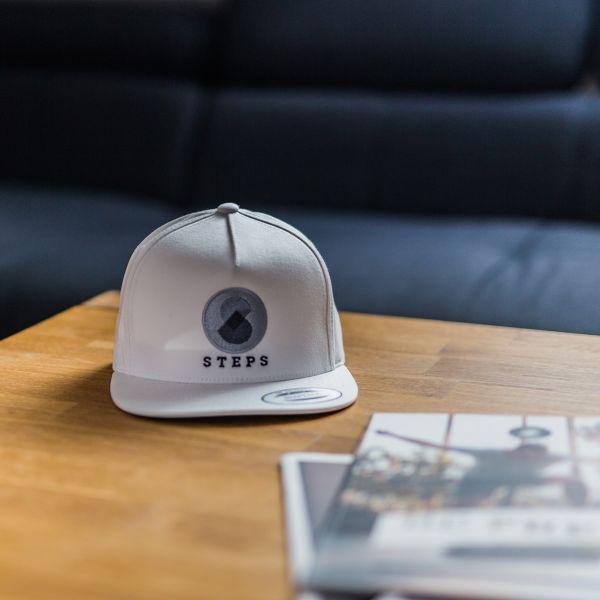 STEPS-Cap-Snapback-white-green